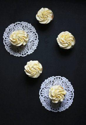 Vanilla Custard Cupcakes