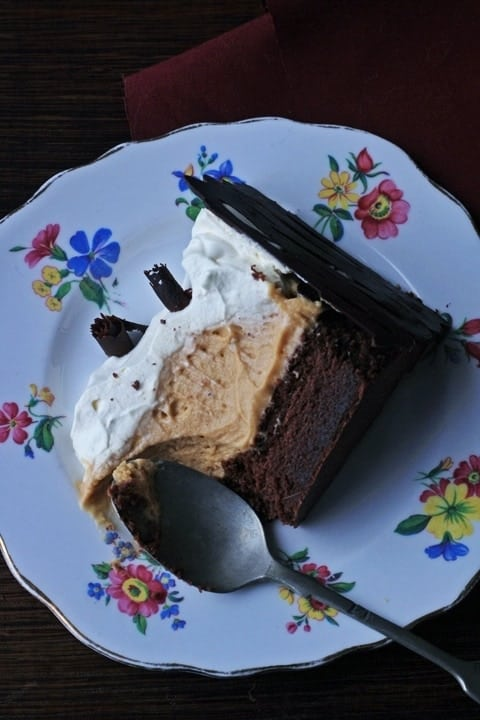 Blond Chocolate Mousse Cake5