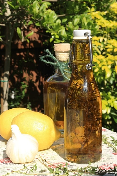 Lemon Garlic and Thyme Olive Oil  |  Stroud Green Larder