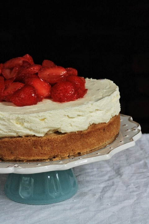 Strawberry Snickerdoodle Cheesecake  |  Stroud Green Larder