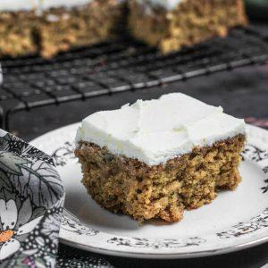 Courgette Oatmeal Cake with Lemon Mascarpone Icing {gluten-free}