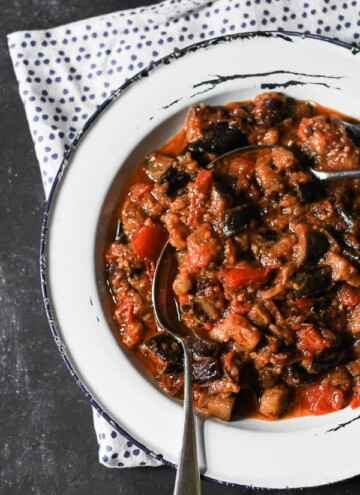 Garlicky Slow Braised Tomato and Aubergine