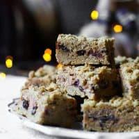 Mince Pie Cheesecake Oat Bars {gluten-free}