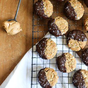 Peanut Butter Oaty Chocolate Cookies {gluten-free}