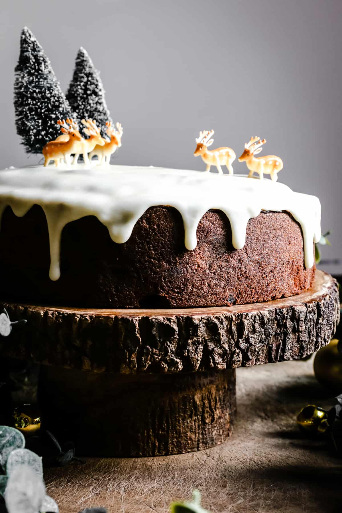 Close up of Almond & Mincemeat Christmas Sponge Cake on a cake stand
