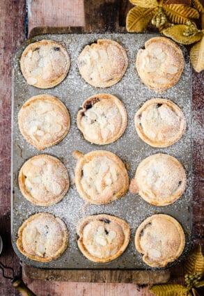baking tin filled with mince pies